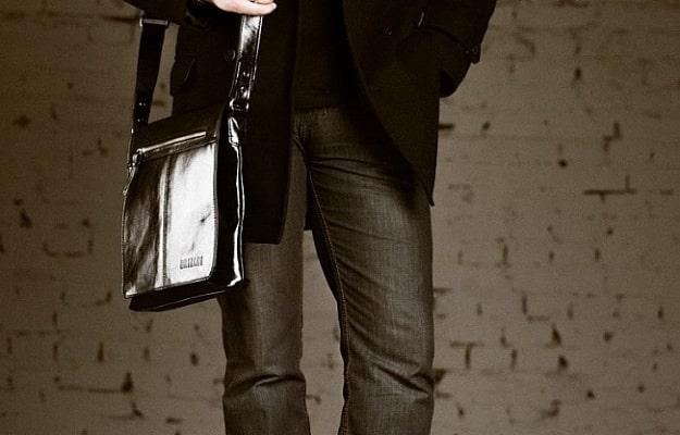 f94446b6cf19 Самые модные мужские сумки сезона